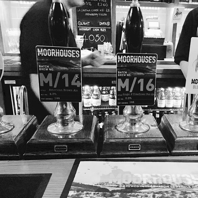 We had two very small batch brews OTB at our Bier Huis Tap Takeover on Thursday. M/14 – American Brown Ale brewed by blogger ShinyBiscuit, and M/16 – a Ginger and Elderflower recipe brewed by Moorhouse's Jordan. Thanks for those who came and showed support and tried our new beers • • • • • #M1 #smallbatch #mysticalbeers #pilotbrewery #ginger #elderflower #brownale #beer #beerblogger #taptakeover #burnley